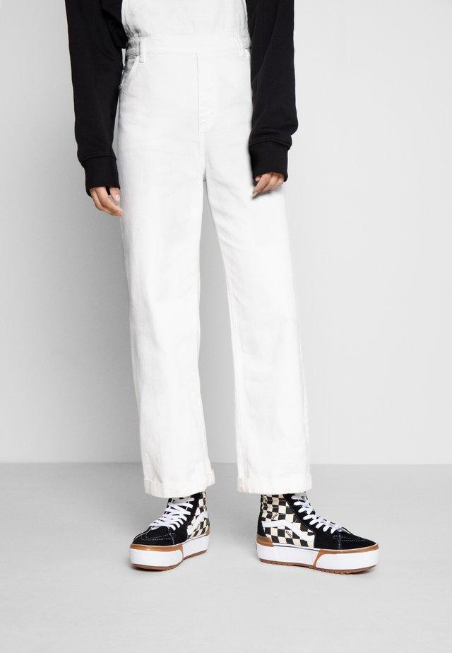 SK8 STACKED - Zapatillas altas - multicolor/true white