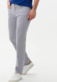 BRAX - STYLE CADIZ - Slim fit jeans - silver - 0