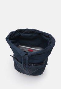 pinqponq - KALM UNISEX - Rucksack - slate blue - 2