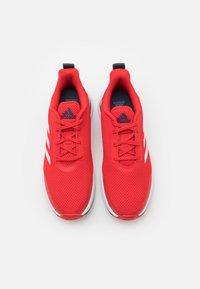 adidas Performance - FORTARUN UNISEX - Juoksukenkä/neutraalit - vivid red/footwear white/crew navy - 3
