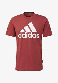 adidas Performance - MUST HAVES BADGE OF SPORT T-SHIRT - Camiseta estampada - red - 8