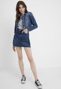 ONLY - ONLNEW WESTA CROPPED JACKET - Denim jacket - medium blue denim - 1