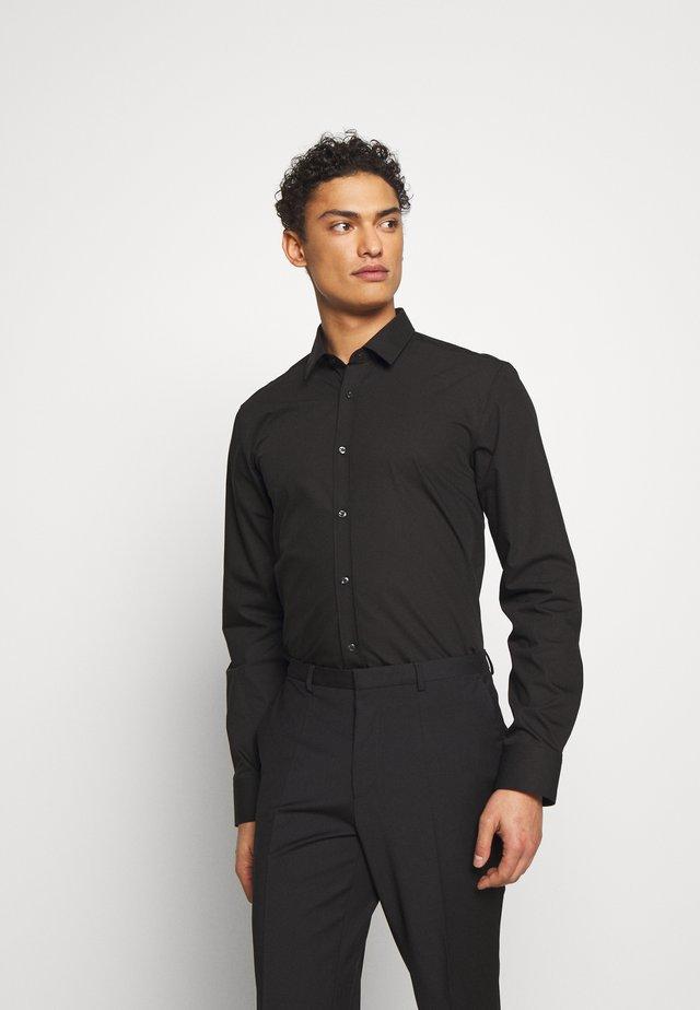 ELISHA - Business skjorter - black