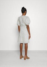 Minimum - LENELIA - Day dress - broken white - 2