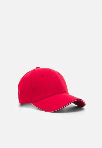 ELEVATED CORPORATE UNISEX - Cap - red