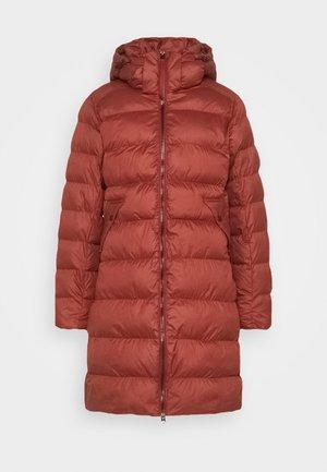 WHISTLER SLIM LONG COAT - Płaszcz zimowy - dry red