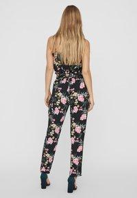 Vero Moda - Pantaloni - black - 2