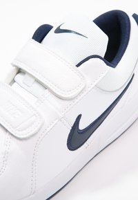 Nike Performance - PICO 4 - Sportschoenen - white/midnight navy - 5