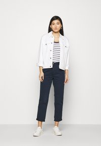 Marks & Spencer London - SCOOP - Top - off-white - 1