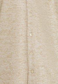 Freequent - FQLIVANA CAR - Cardigan - beige sand melange - 2