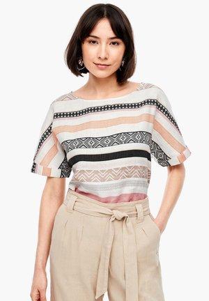 Blouse - cream stripes