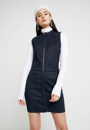 LYNN LUNAR SLIM - Denim dress - worn in tidal cobler