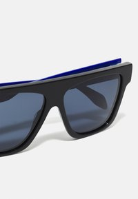 Alexander McQueen - UNISEX - Sluneční brýle - black/blue - 2