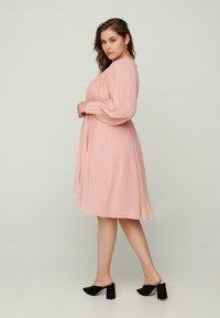 Zizzi - Day dress - rose - 2
