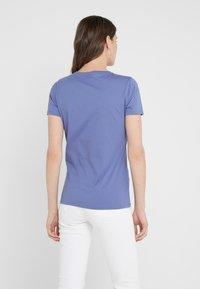 BOSS - TEMOIRE - Print T-shirt - dark purple - 2