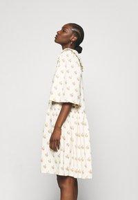 Stella Nova - Denní šaty - simple follows - 3