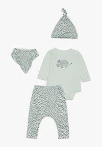 Cotton On - GIFT BABY MOMOUTH SET - Foulard - mint - 0