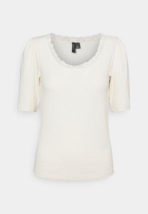VMLAYLA - Basic T-shirt - birch