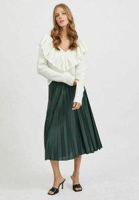 Vila - VINITBAN  - A-line skirt - darkest spruce - 1
