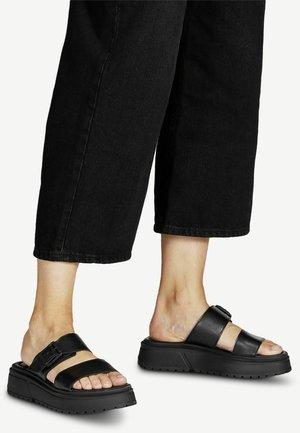 Pantofle - black uni