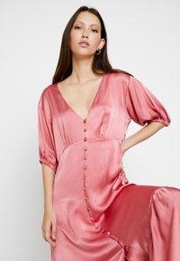 Ghost - IZZY DRESS - Denní šaty - pink - 4