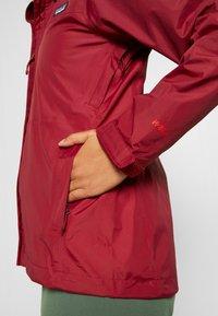 Patagonia - TORRENTSHELL - Hardshell jacket - roamer red - 7