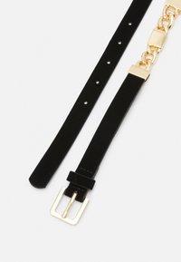 Pieces - PCKARMEN WAIST BELT - Waist belt - black/gold-coloured - 1