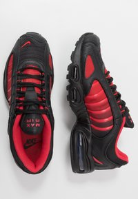 Nike Sportswear - AIR MAX TAILWIND IV - Tenisky - university red/black/white - 1
