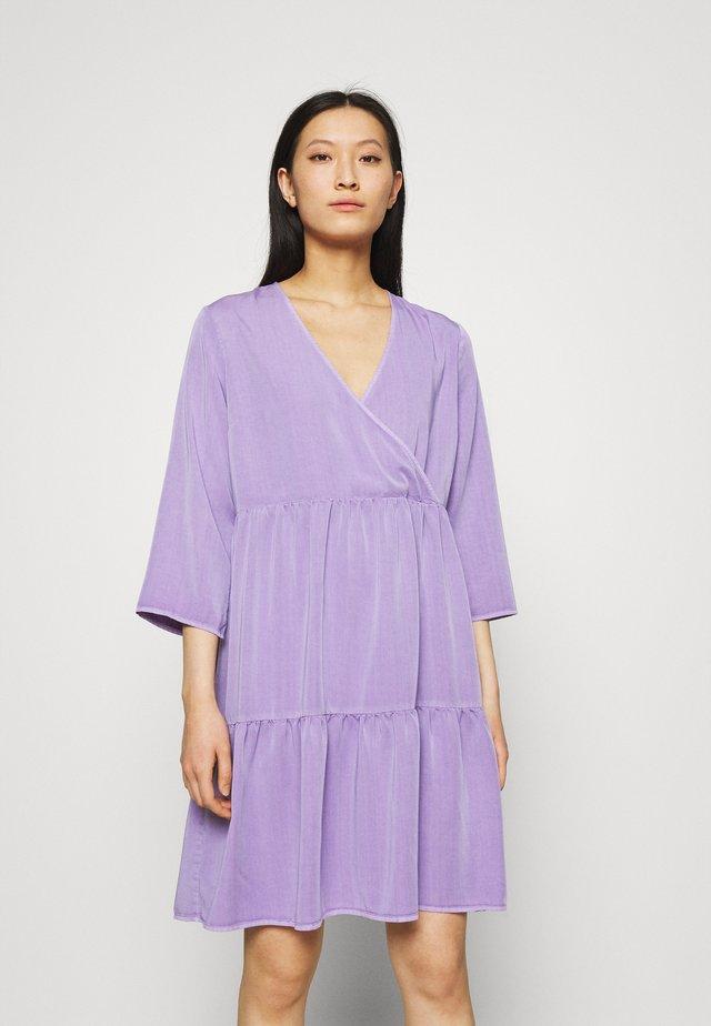 JESPER DRESS - Vapaa-ajan mekko - lavender