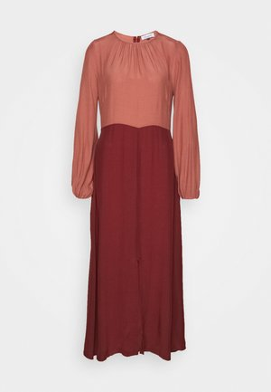GATHERED NECK A LINE DRESS - Day dress - brick
