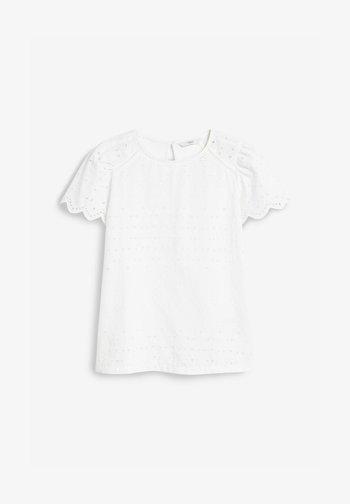 BRODERIE - Blouse - white