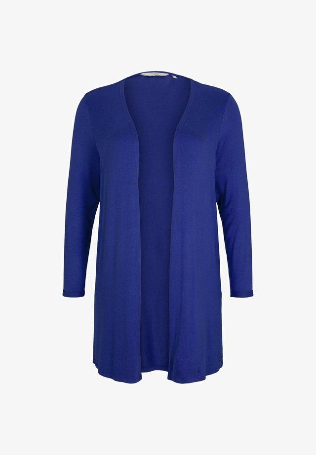 Vest - crest blue