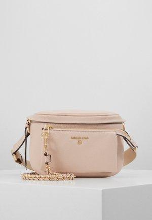 SLING - Taška spříčným popruhem - soft pink