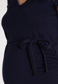 MAMALICIOUS - MLBLACKIE MIVANA CAP DRESS - Vestido de tubo - navy blazer - 3