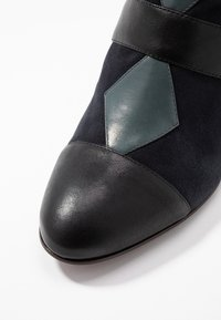 Chie Mihara - NICOLA - Ankle boots - multicolor - 2