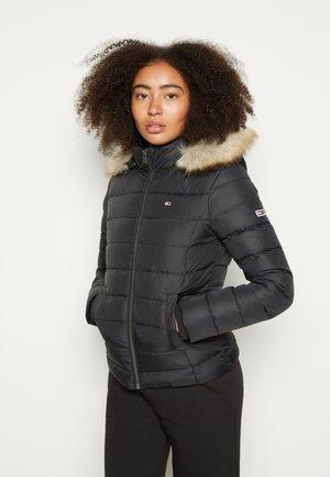 BASIC HOODED JACKET - Zimní bunda - black