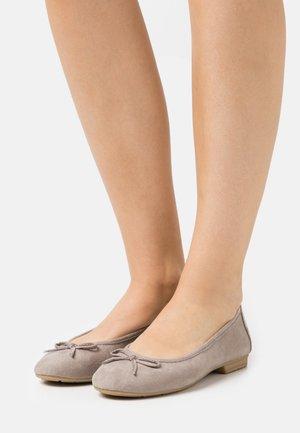 Ballet pumps - stone