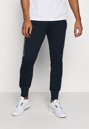 JCOZHALF TAPE  - Pantalon de survêtement - navy blazer