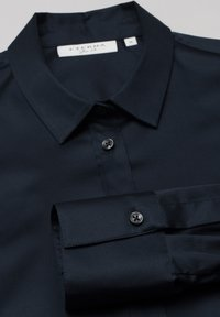 Eterna - MODERN CLASSIC - Button-down blouse - marine - 5