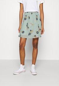 Vero Moda - VMFALLIE SHORT SKIRT  - Mini skirt - green milieu/newfallie - 0