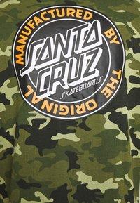 Santa Cruz - unisex dot hoodie - Hoodie - woodland - 2