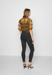 Vero Moda - VMLOA - Jeans Skinny Fit - black denim - 2