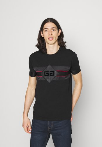 GALOS TEE - T-shirt imprimé - jet black/red