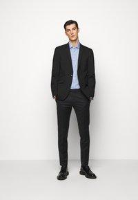 Michael Kors - CHECK EASY CARE SLIM  - Formal shirt - light blue - 1