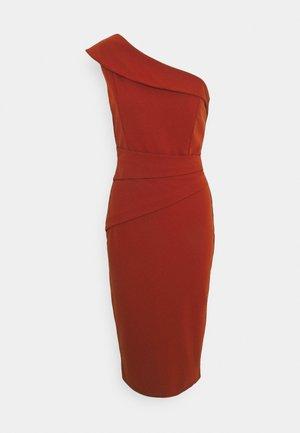 KEILY MIDI DRESS - Shift dress - rust