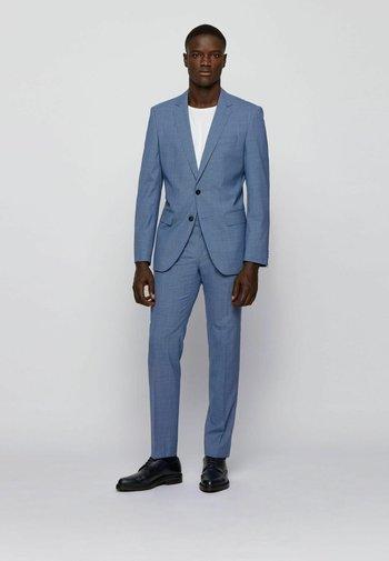 SET - Suit - open blue