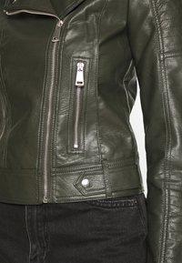 Vero Moda - VMKERRIULTRA  - Faux leather jacket - rosin - 5