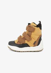 Woden - ADRIAN - Zimní obuv - orange - 0