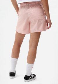 Dickies - VICTORIA - Shorts - light pink - 2