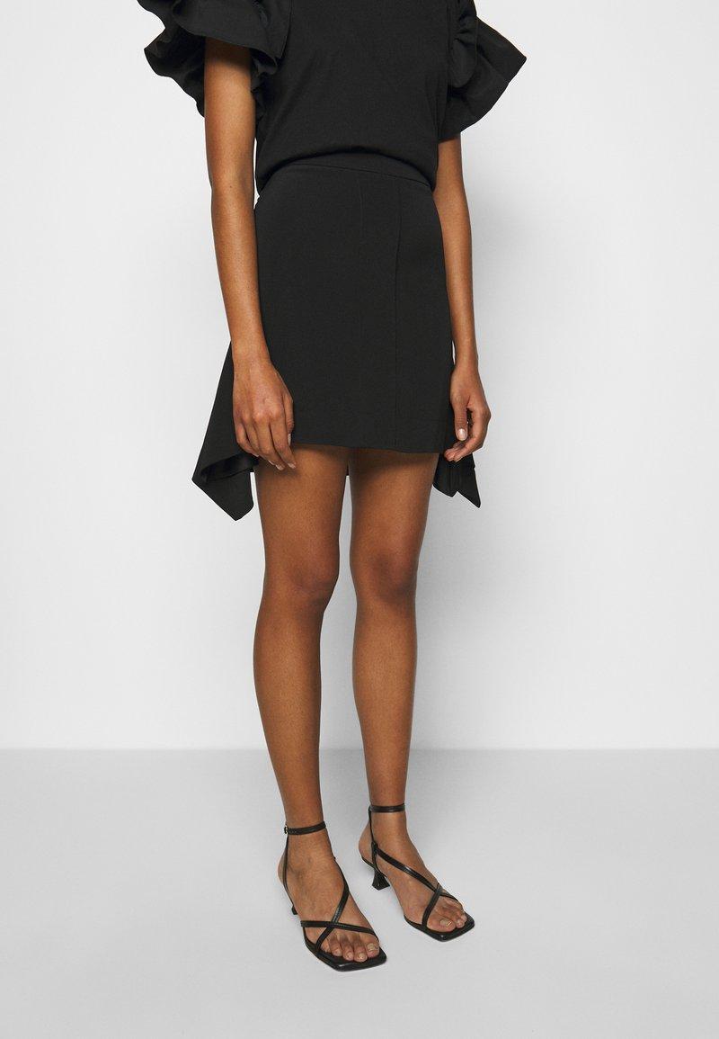 Victoria Victoria Beckham - FLOUNCE HEM SKIRT - A-line skirt - black